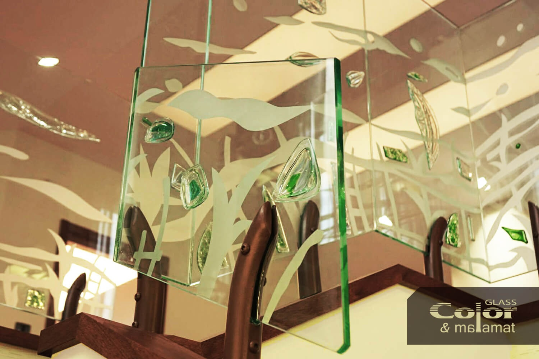 Парапети от стъкло в интериора